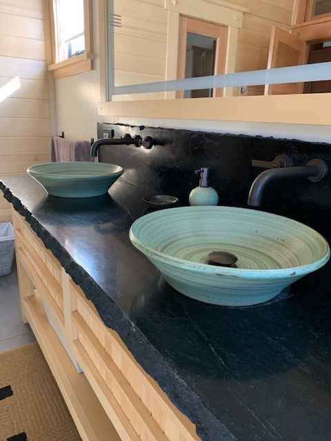 Rustic Style Stoneware Pottery Vessel Sink