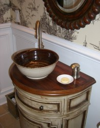 Florence sink in Toasted Oatmeal and Swamp Glazes